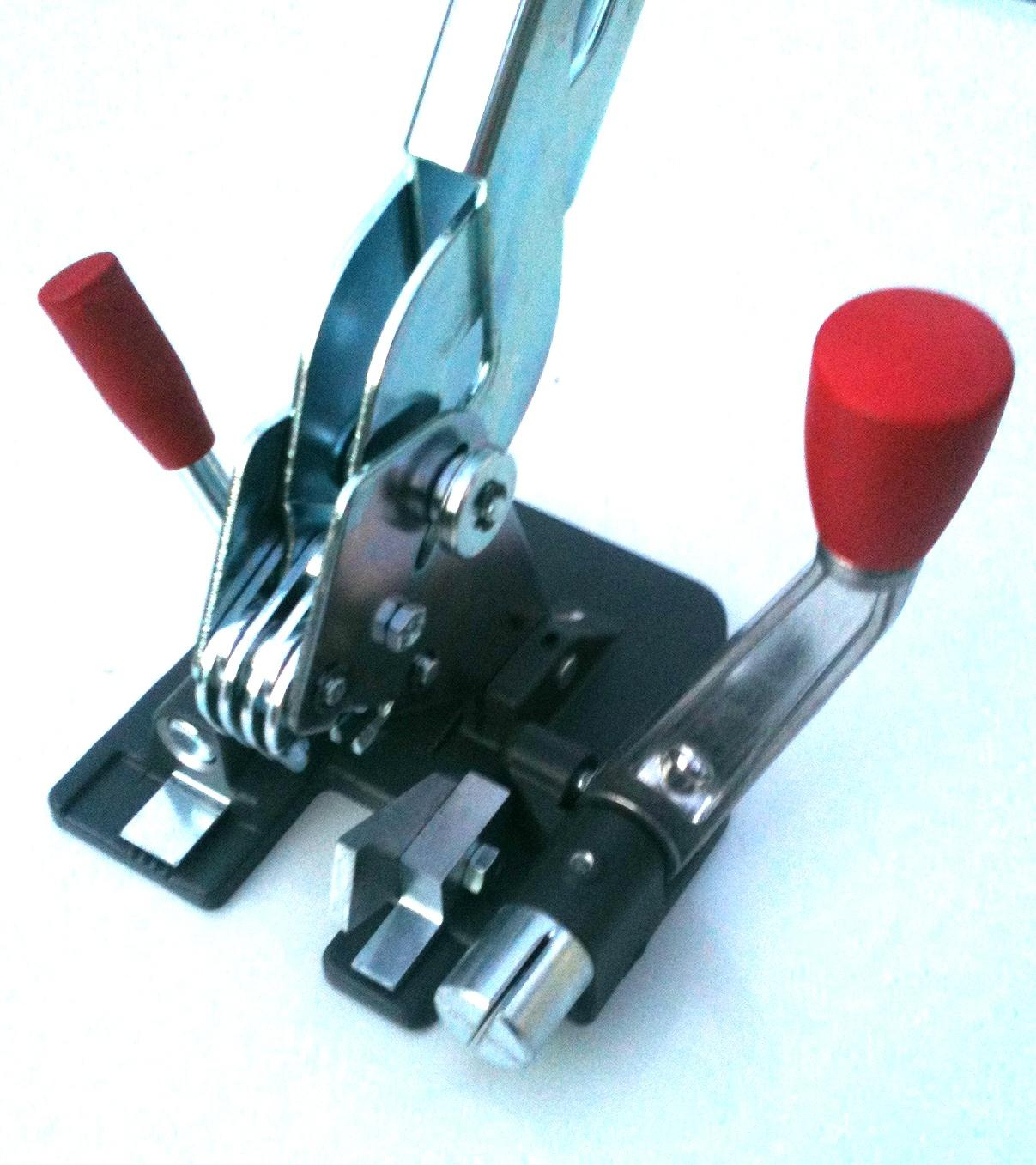 tendireggia manuale per reggetta in plastica da 12 e 15 mm